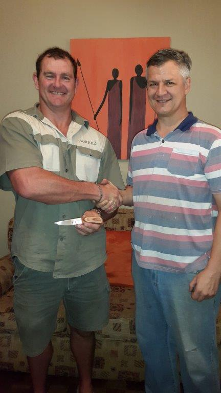 Happy Student with course knife and instructor, Stefan Diedericks